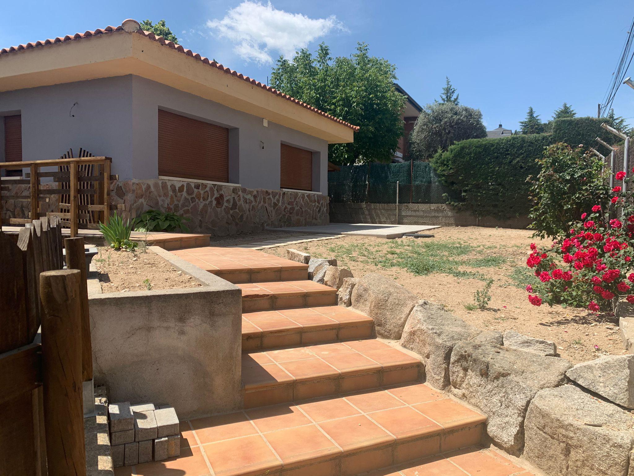 Apartamento con terreno en Colmenarejo