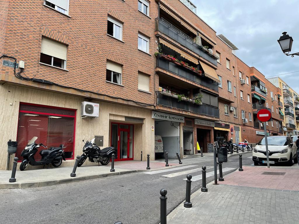 Local en Calle Juan Carlos I de Boadilla del monte